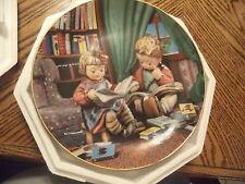 M.I. Hummel Plate Budding Scholars Danbury Mint Little Companions Collection