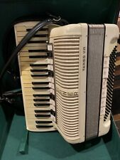 HOHNER TANGO VM ACCORDION  made in GERMANY 4/5 reeds