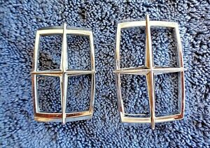 2 NOS NEW OEM 80s 90s Lincoln Models Chrome Metal Carriage Roof Ornament Emblems