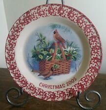 Henn pottery 2005  cranberry spongeware cardinal Christmas plate (AB)