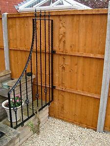Wrought Iron Garden Wall Trellis - 950mm x 1470mm