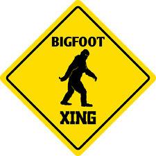 """*Aluminum* Bigfoot Crossing Funny Metal Novelty Sign 12""""x12"""""""