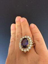 L'anello di fidanzamento di Kate Middleton dal principe William in swarovski
