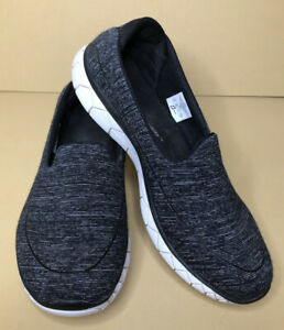 Skechers Sport Slip On Sneaker/Athletic Shoe US 9.5 Black & White Rubber Sole