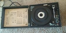 VINTAGE BECKLEY CARDY PORTABLE PHONOGRAPH TURNTABLE RECORD PLAYER 322-487 (RARE)
