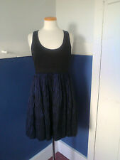 ALI RO BLACK SCOOP NECK JERSEY KNIT WITH NAVY AND BLACK DESIGN DRESS SIZE 6 NW0T