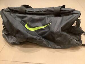 Nike sports bag holdall