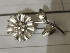 BARGAIN!  STUNNING  Estate NWOT Beautiful Diamond Flower Brooch 14K
