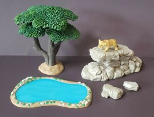 Nature's Wonders in HD Savanna Collection #92030 Tree, Cliff, Pond Diorama Used