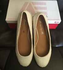 NEW AMERICAN EAGLE ELLA BY PAYLESS WHITE EYELET WEDGE ESPADRILLES SHOES SIZE 9