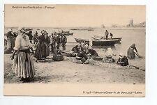 PORTUGAL Divers Ovarinas escolhendo peixe poissons peche pecheurs barques
