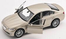 BLITZ VERSAND BMW 535i champagner Welly Modell Auto 1:34 ca.12cm  NEU & OVP