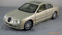 Maisto Special Edition 1:18 Topaz Metallic 1999 Jaguar S-Type Gold Car Toy 31865