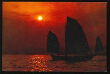 Hong Kong, China, Fishing Sail in Setting Sun (unused 4x6 POST CARD(JA994