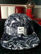 Nike Heritage86 Dri-Fit adjustable flat peak baseball cap black grey white flora