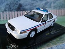 1/43 IXO Ford crown Police