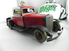 Antike Original-Autos & Busse aus Blech (bis 1945)