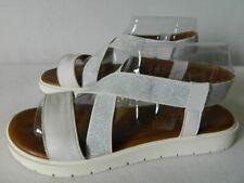 Sandales et chaussures de plage blancs Tamaris pour femme