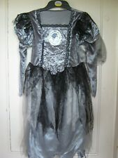 GIRLS HALLOWEEN BRIDE CORPSE COSTUME/FANCYDRESS CHILDS 7-8YEARS GREY & BLACK NEW