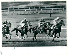 1987 Horse Racing and Jockeys Original News Service Photo