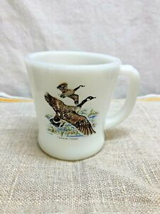 VINTAGE FIRE KING OVEN WARE CANADA GOOSE COFFEE CUP--COFFEE MUG--EXCELLENT