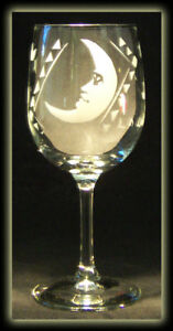 La Luna Moon Loteria Mexican Latina Art Wine Glass