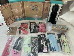 1976 Mego Cher Dressing Room Playset  10 Outfit Doll Stage Fashion Show Lot Exce