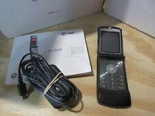 Motorola Razr V3 Flip phone - (M166)