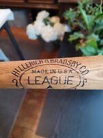 Antique vintage 1920's Hillerich And Bradsby League A baseball bat