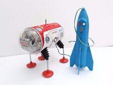 Vintage Yonezawa M-27 Moon Explorer tin battery space toy, Japan-WORKING