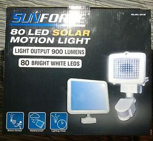 Sunforce 900 Lumen 80 LED Solar Motion Sensor Flood Light Weatherproof NEW