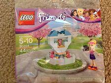 Lego 30204 FRIENDS Stephanie WISH FOUNTAIN Minifigure Polybag roller skates