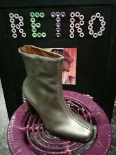 NEW genuine El Dantès leather silver boots sizes 36 & 37 Europe