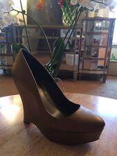 BCBG genuine leather 38.5 8.5 bronze gold almond toe platform pump shoe metallic