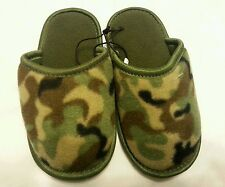 Boys Slipper Shoes Sz Small 11/12 kids Camo Green Slip on