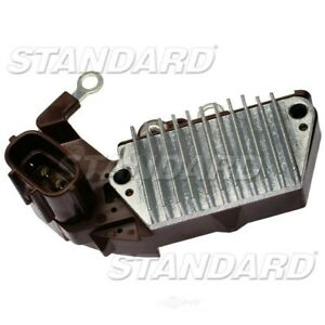 New Alternator Regulator  Standard Motor Products  VR818