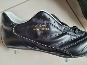 chaussures de football  cuir Pantofola d'Oro neuves  taille 40