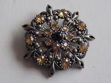 Pretty Pewter & Brown Diamante Stone Brooch
