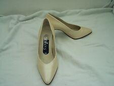 Tamaño 4.5 Cuero Beige Ostra // acabado perla como Tribunal Zapatos de Servas