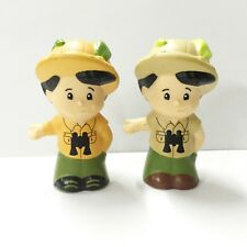 Lot 2pcs Fisher-Price Little People zookeeper Sonya Lee Figure cute doll toy