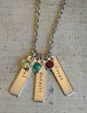 Custom Personalized Mom Family birthstone pendant necklace Mother's Day Gift