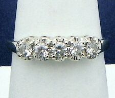CUBIC ZIRCONIA BAND RING SOLID 14 K GOLD 2.2 g SIZE 7.5