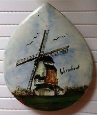 Céramique en forme de goutte d'eau décoration Moulin de Wormhout