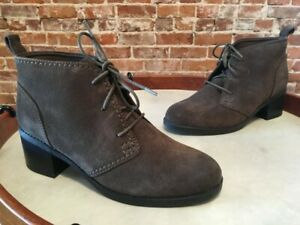 Clarks Green Grey Suede Lace up Nevella Harper Ankle Boot 7.5 W NEW