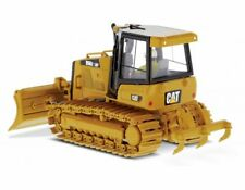 CAT D5 K2 LGP Track-Type Tractor in Yellow (1:50 scale by Diecast Masters DM8528