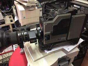 Unicam Ikegami HL-55A W/ Fujinon A14x8.5FERM-11 & MA-95A Camera Adapter