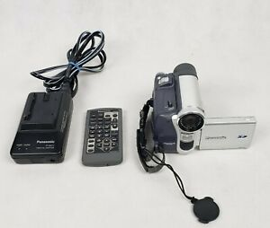 Panasonic PV-GS15 Mini DV Camcorder With Battery, Charger and remote