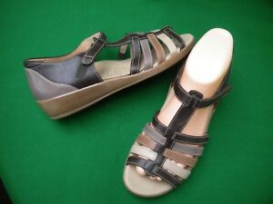 LADIES NEAR NEW KUMFS BROWN MULTI LEATHER PEEP TOE LOW WEDGE  SHOES SIZE 7/38W