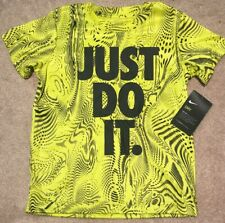 Nwt Nike Boys Just Do It Tee Size 4 Electrolime/Black Great bold Color!