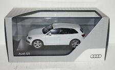 Schuco Audi Q5 MJ 2013 Gletscherweiß 1:43 in OVP